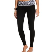 Black/White Chevron Yoga Pants