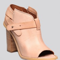 LILLIAN OPEN TOE BOOTIE