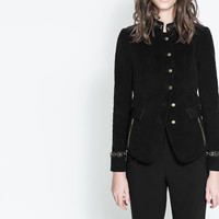 JACKET WITH COLLAR DETAIL