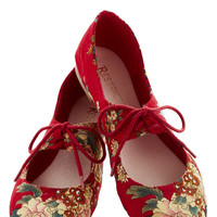 After You Flat in Crimson | Mod Retro Vintage Flats | ModCloth.com