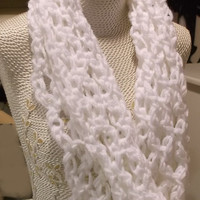 Super Chunky Lace White Infinity Scarf, Soft Shoulder Warmer, Crochet, Cowl Scarf