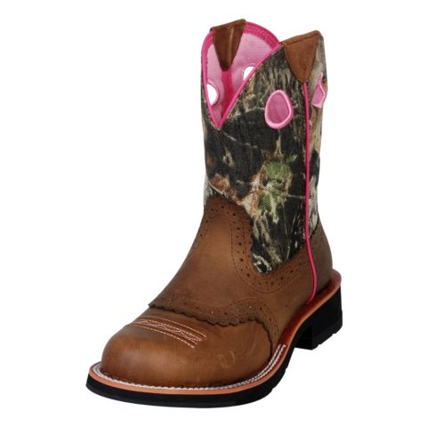 ariat 174 fatbaby c from tractorsupply on wanelo