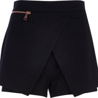 BLACK PINSTRIPE SMART SKORT