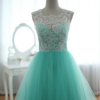 Custom Elegant White Lace High Neck Green Tulle Button A Line Lace Formal Long Evening/Prom/Party/Brides­maid/Homecoming/Cocktail Dress Gown