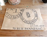 Cartes Postales Table Mat