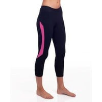 alo Speed Women's Capri Legging (Magenta)