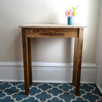 The Allison - Ivory Pine Side Table with Flower