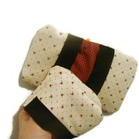 Hearts and Dots Microwave Pot Holder Finger Mitts Red and Brown